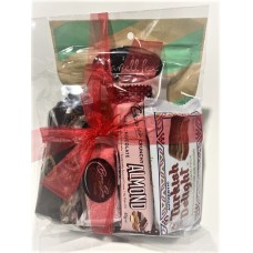 dL Confectionery Assorted Items Gift Pack - content may vary